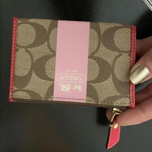 Coach Handbags - Coach coin wallet